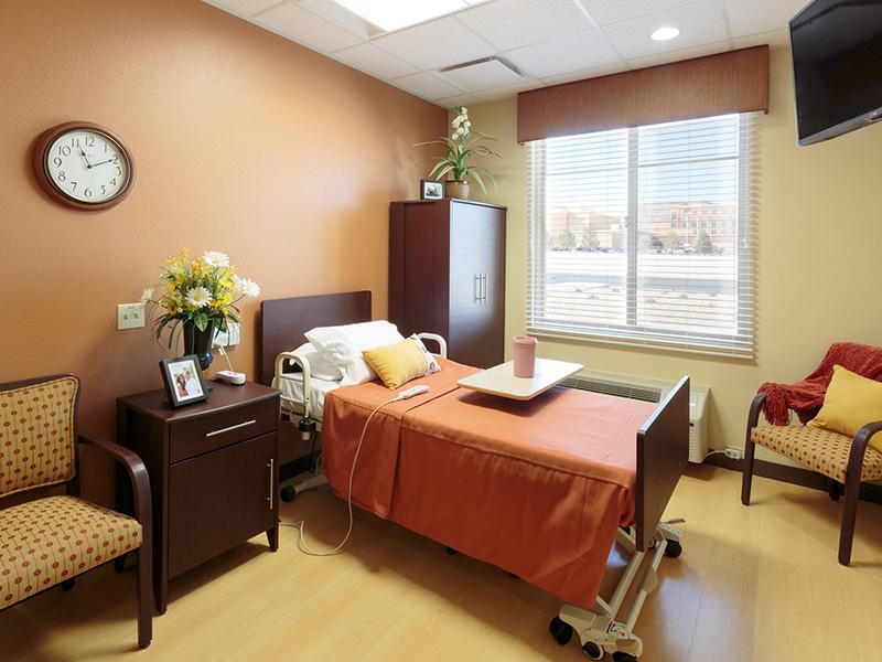 Canyon vista facility room with natural sun shinning through