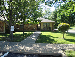 Pecan Place front walkway and parking