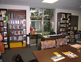 Pilgrim North reading area with book shelves