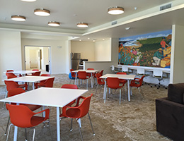 Sonata Riverpark dining room