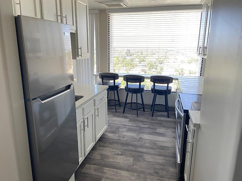 Bixby Knolls kitchen