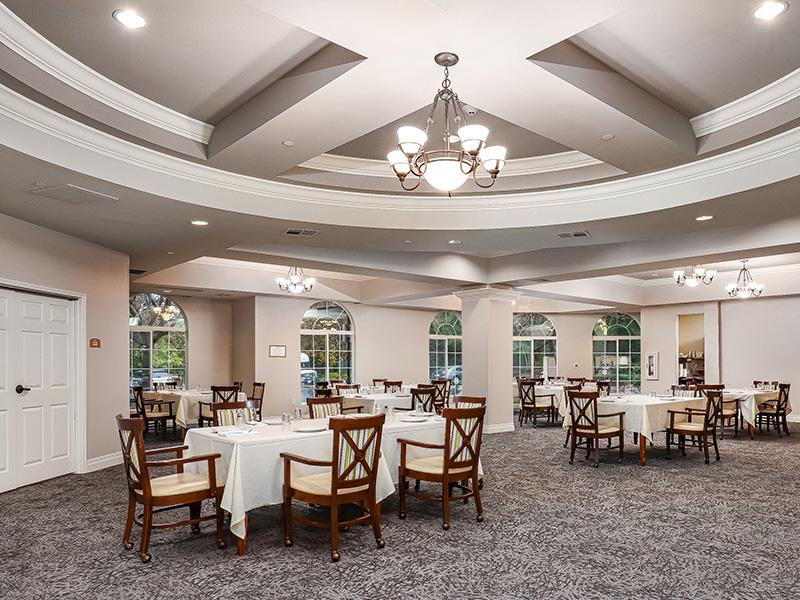 Gateway Gardens formal dining area