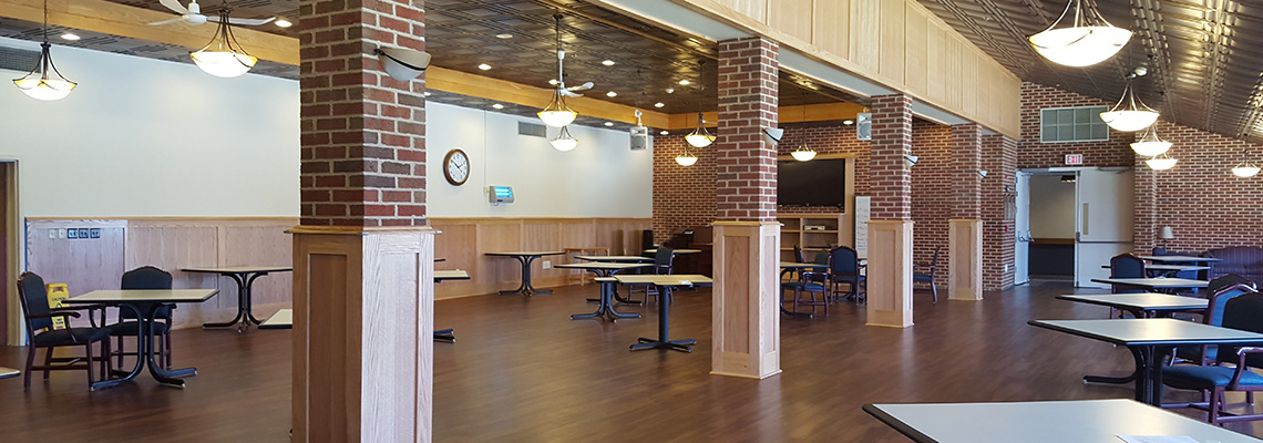 Calvert Manor dining and recreation room