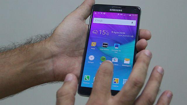 Galaxy Note 4 traz visual refinado para os celulares de tela grande
