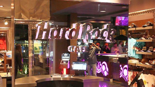 Curitiba inaugura o único Hard Rock Café do Brasil