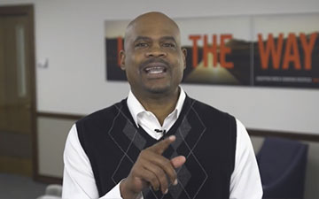 REV DOTSON LIVE: Thanksgiving & Discipleship Opportunities to Engage Your Community