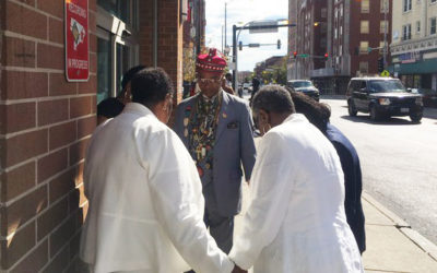 Southshore UMC members meet people where they are – on the streets of Chicago – to pray and bring the good news of Jesus Christ.