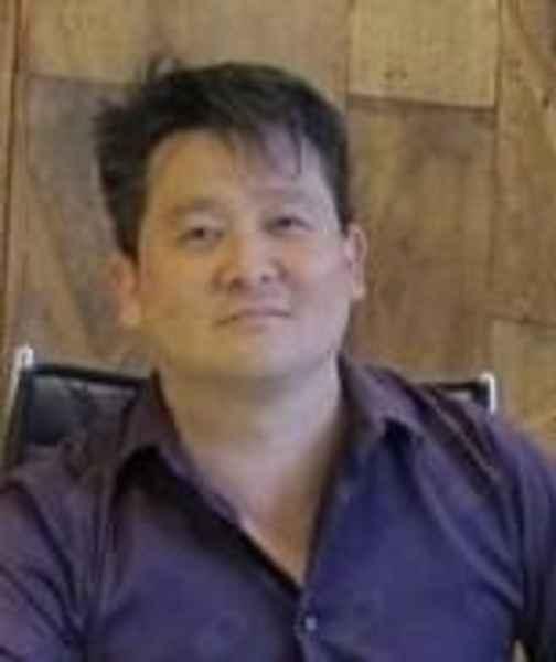 Dr. Júlio César Yoshimura - Cirurgia Plástica
