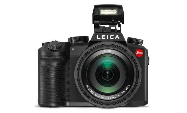 Leica V-Lux 5 Digital Point & Shoot Camera