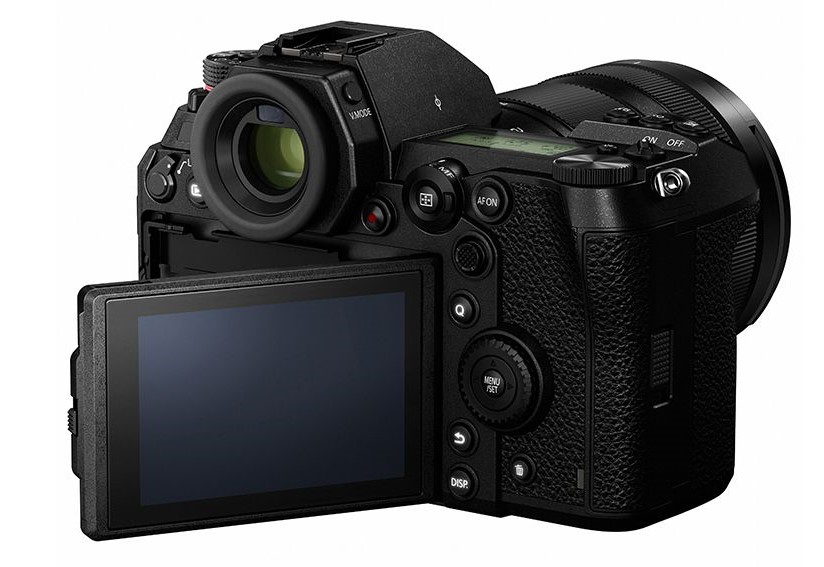 Panasonic Lumix S1 Mirrorless Camera (DC-S1BODY/DC-S1MK)