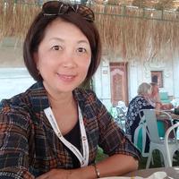 Flora Hsueh-Klassen