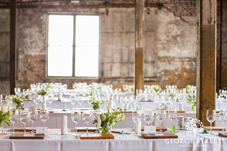 minimal floral wedding reception decor