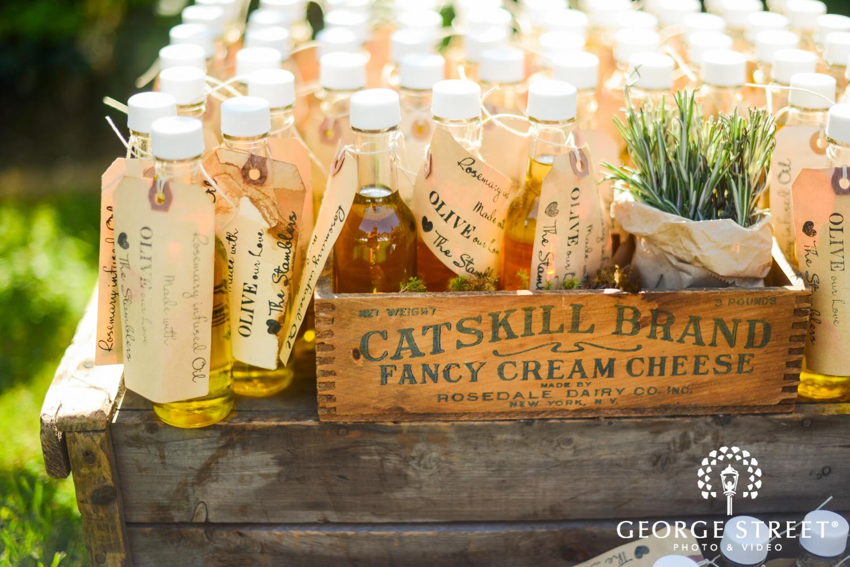olive oil unique wedding guest favors