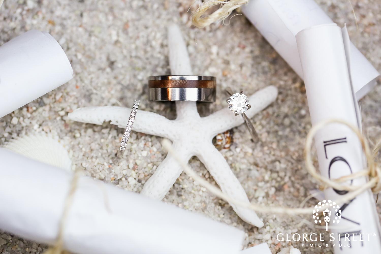 wedding ring photo beach wedding
