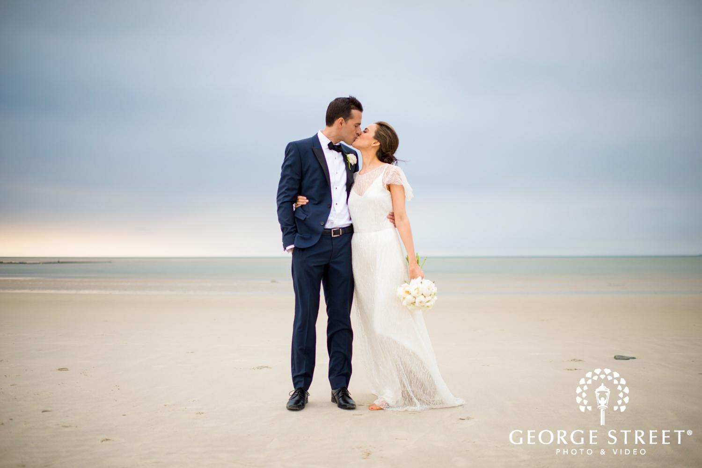 stunning outdoor beach wedding photos