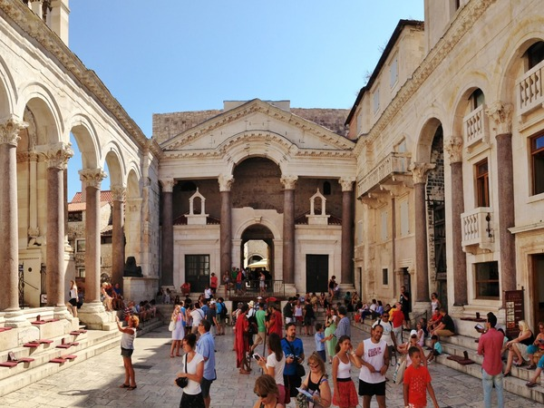 Diocletian's Palace/Basement Halls