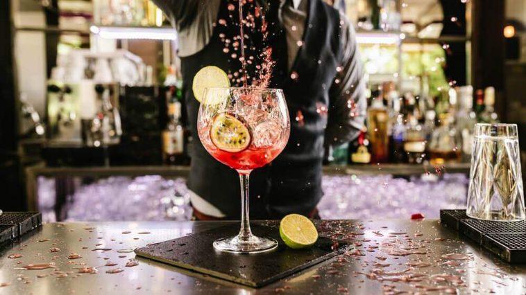 cocktail-drink-munich-deliciious-bartender