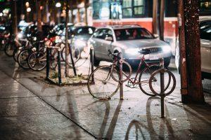 biking-at-night-schwabing