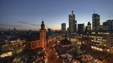 Frankfurt-Skyline-downtown
