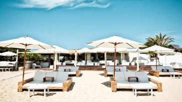 beach clubs in Ibiza
