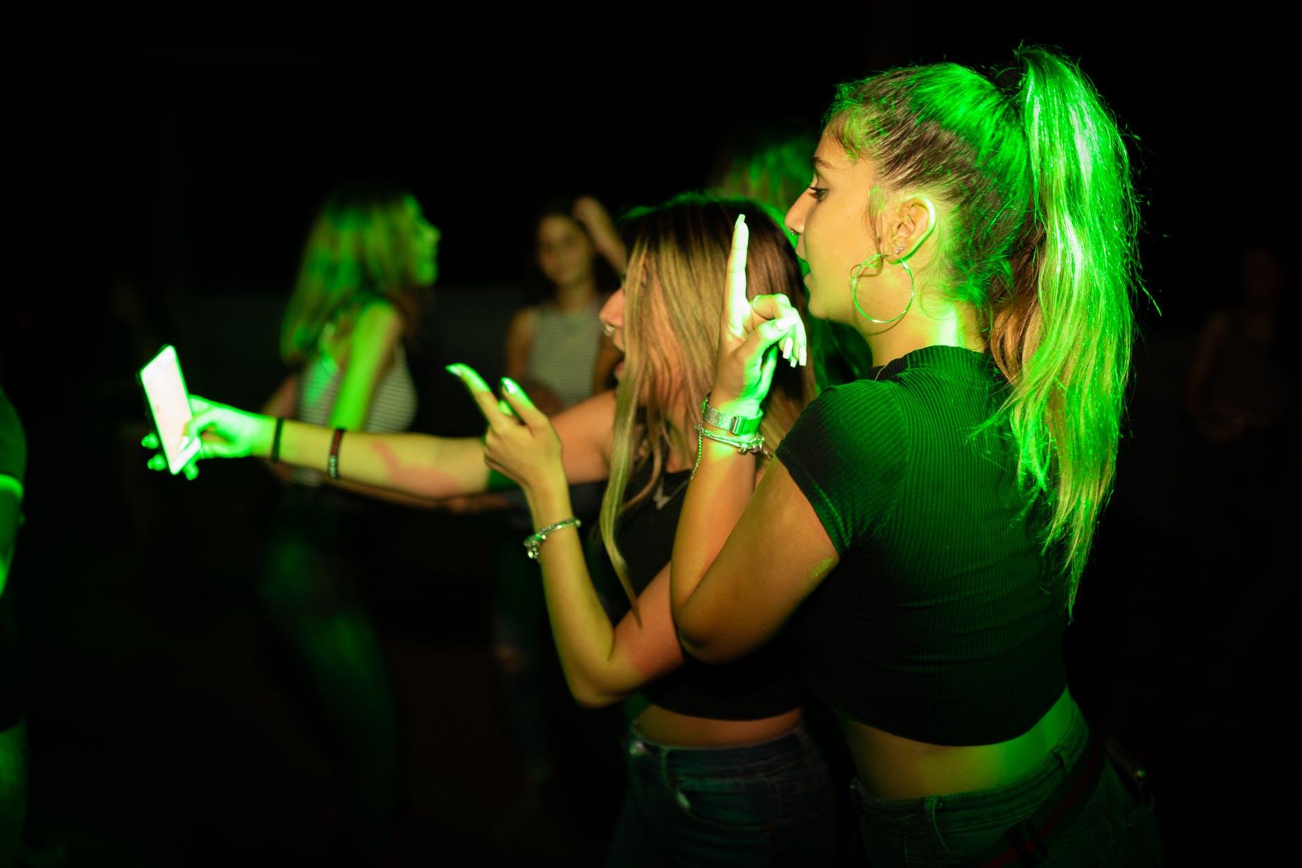 Party-Pal