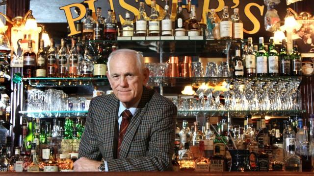 Pusser's Bar