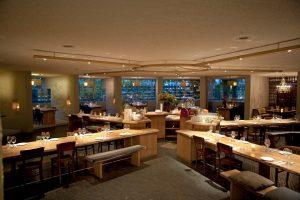 Interior-design-at-restaurant-as
