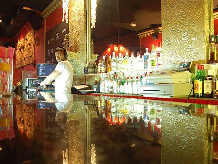 el cangrejo bar gay barcelona