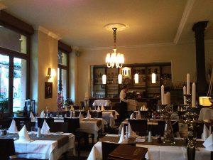 Ariston Restaurant