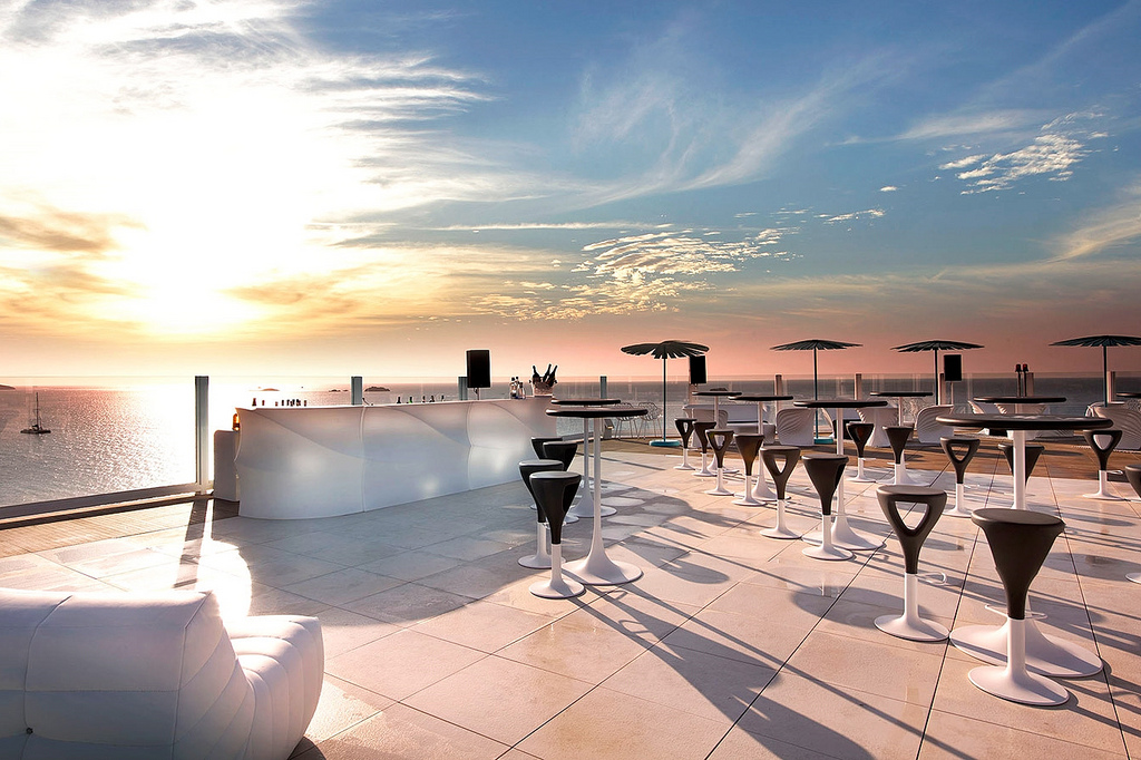 the-ninth-rooftop-bar-ibiza-