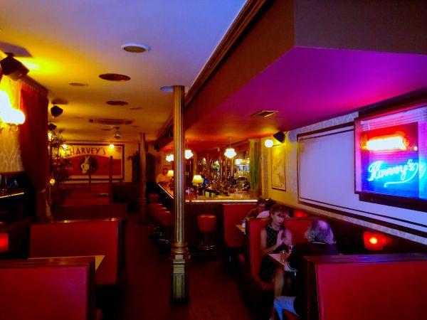 Harvey's Cocktail Bar