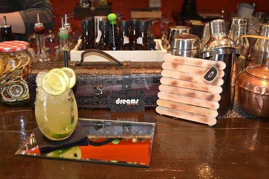 Dream Cocktail Bar