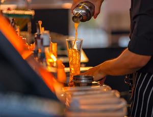Home_image_bartender-drink