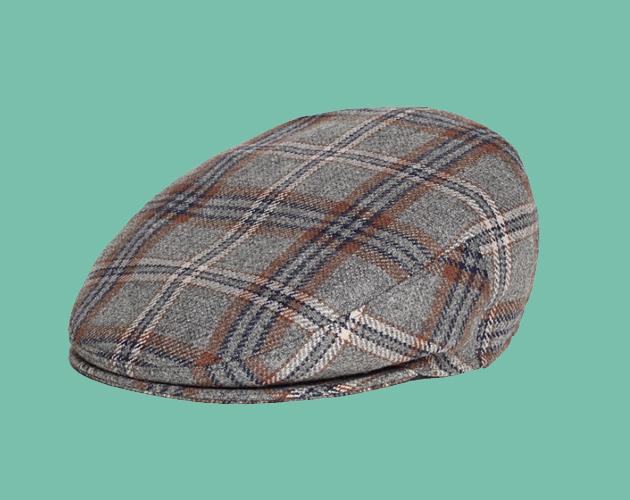Publicidad. Brooks Brothers. Fedora  El sombrero más popular y clásico es  de textura suave con hendiduras en los costados y en la parte superior de  la copa. a95056fc60a
