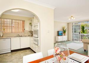 Light and spacious independent living units
