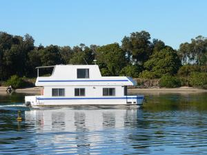Berger Houseboat Holidays