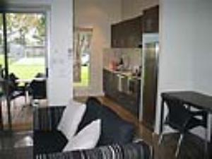 Port Phillip Cabin - two bedroom, 2 bathroom