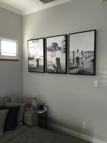 Stretched Canvas with black floating frame