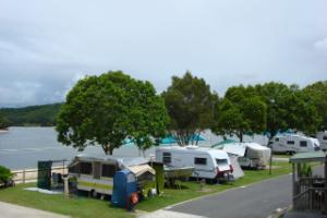 Tallebudgera Creek : Sites at the waterfront