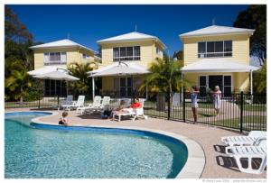 Treasure Island Holiday Park - Townhouses