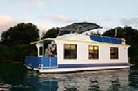 """Houseboat """"Marie Claire"""""""