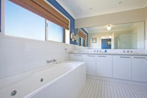 Ensuite and Spa