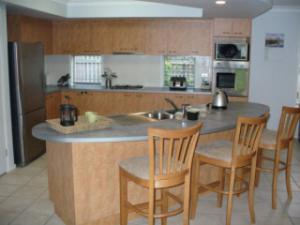 Large 4 bed home in Keperra