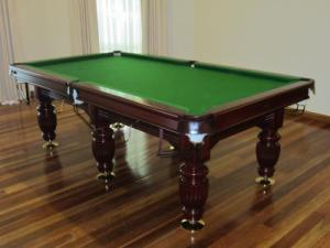 King George 8Ft Table