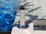 Frameless Fencing for Pools