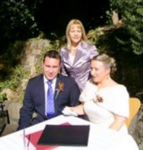 Marraige celebrant wedding at Berowra Waters Inn