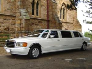 7 Seat Mercedes Stretch Limousine