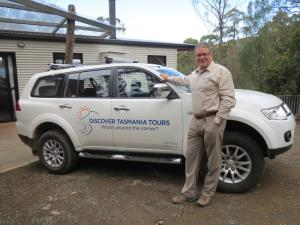 Discover Tasmania Tours - on the road again