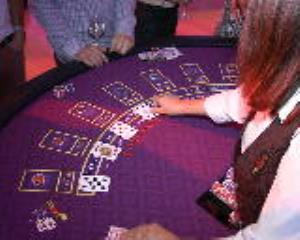 Real Casino Games Dealt by Professional Croupiers
