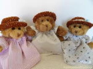 Teddy Bear Boutique - Bears with character